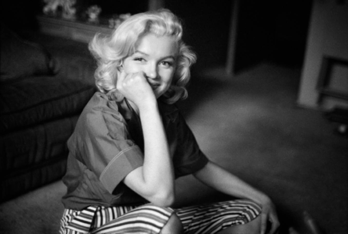 Marilyn Monroe Posing Naturally