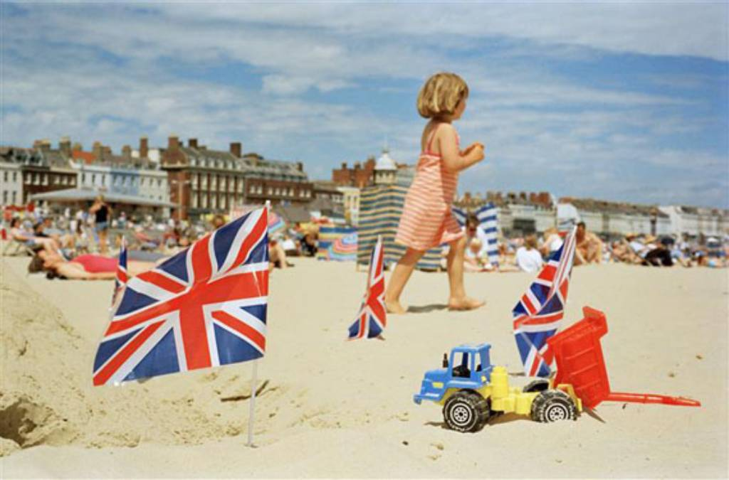 Martin Parr british flag girl on beach