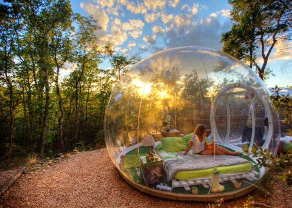 Sleep in a bubble Attrap' Reves Hotel, France